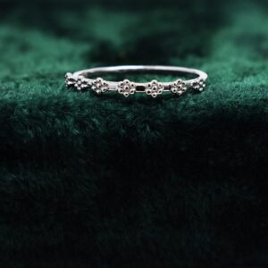 Tiny Flower Classy Silver Band.