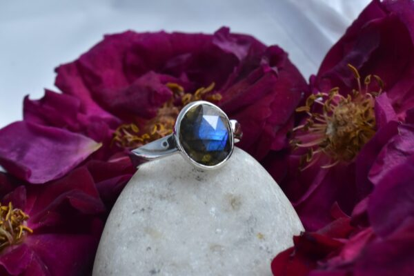 Labradorite Summer Ring.
